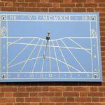 A vertical wall sundial
